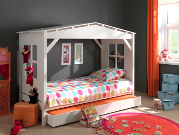 vipack furniture spielbett pino haus hochbett kinderbett. Black Bedroom Furniture Sets. Home Design Ideas