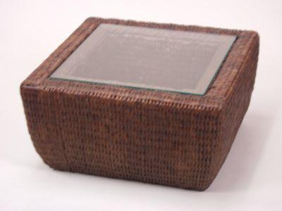 moebel-direkt-online-beistelltisch-handgeflochtener-tisch-mit-glasplatte-