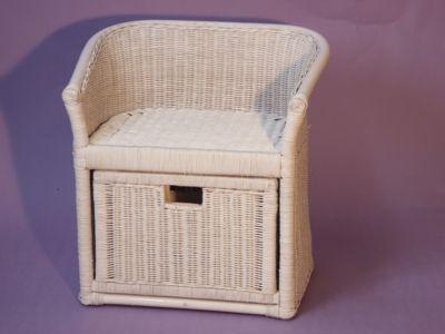 sitztruhen online kaufen m bel suchmaschine. Black Bedroom Furniture Sets. Home Design Ideas