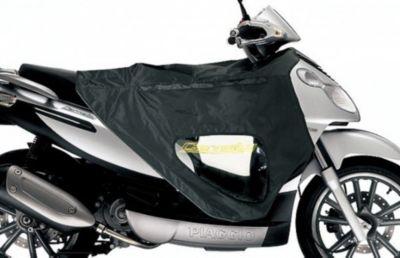 Original Piaggio Fahrerbeinschutz Easy Cover für Roller Carnaby