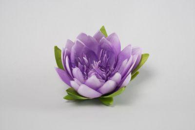 Künstliche Lotusblüte