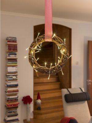 KONSTSMIDE LED Holzsilhouette Kranz mit 30 warm weißen Dioden | Dekoration > Dekopflanzen > Kränze | Weiß - Rot | Konstsmide