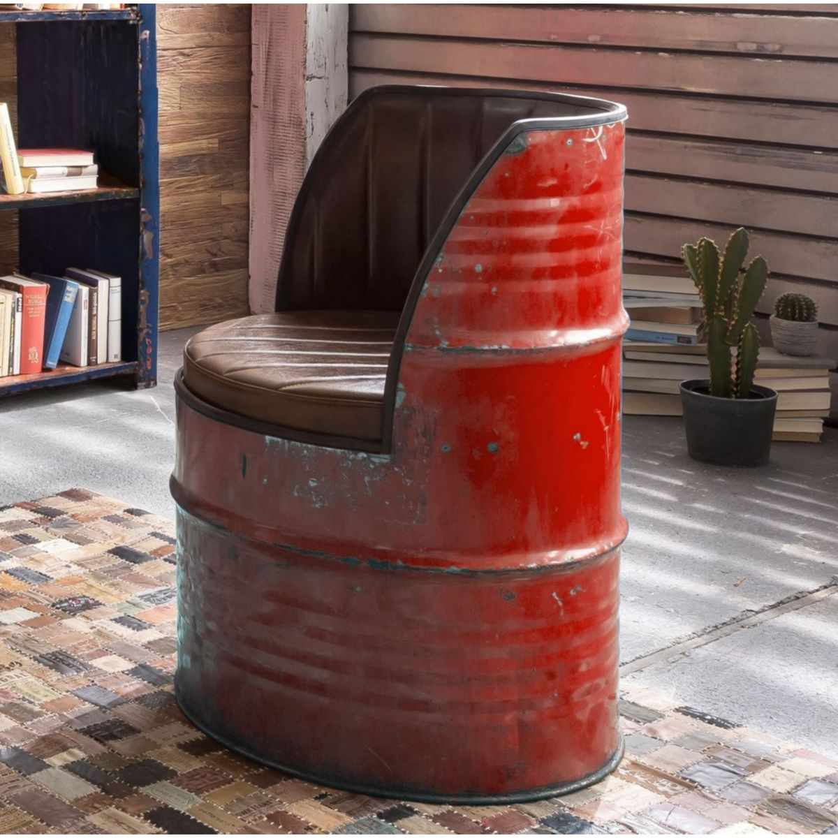 Sessel Desgin aus recycelten Ölfässern Metall in bunt bemalt und Kunstleder jetztbilligerkaufen
