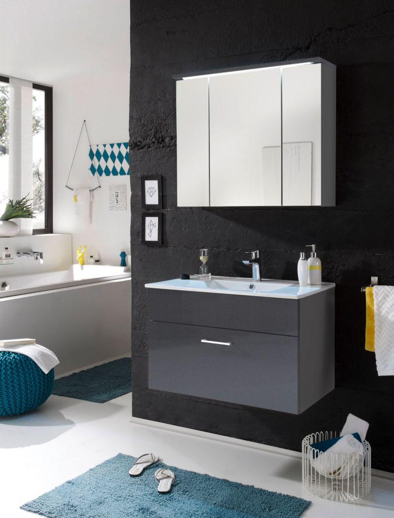 Badezimmer grau mit Beleuchtung Bega Splash