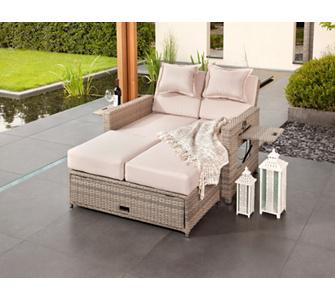 auf einem loungebett im garten schlafen gartenxxl ratgeber. Black Bedroom Furniture Sets. Home Design Ideas