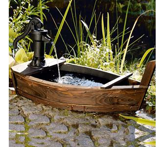 romantische deko f r den fr hlingsgarten gartenxxl ratgeber. Black Bedroom Furniture Sets. Home Design Ideas