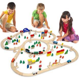 Holzeisenbahn 130 Teile Spielzeug-Eisenbahn inkl. Zubehör Holz-Eisenbahn-Set 5 Meter Schienenlänge - Bild 1