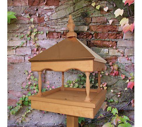 willkommen im insektenhotel n tzlinge hereinspaziert gartenxxl ratgeber. Black Bedroom Furniture Sets. Home Design Ideas